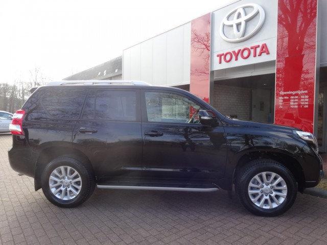 Toyota Landcruiser leasen