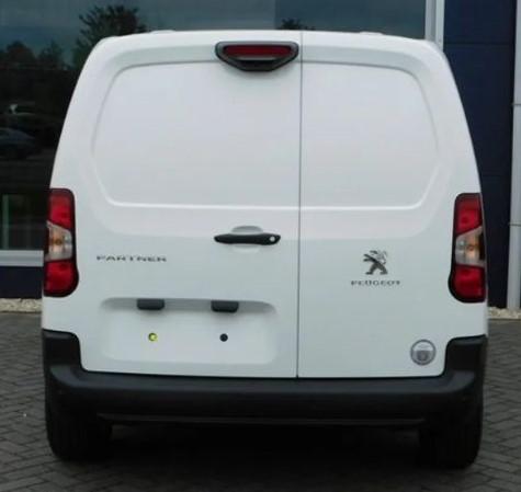 Peugeot Partner leasen 6